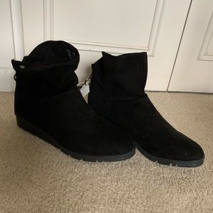 Basic editions KMART ankle boots size 8